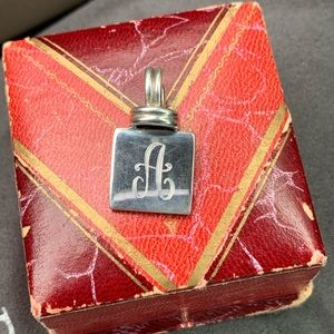 """Vintage sterling silver initial """"A"""" pendant"""